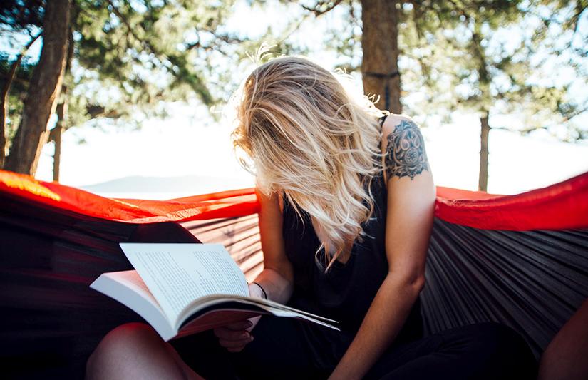 Le plaisir de la lecture en vacances ! ©unsplash/Pixabay