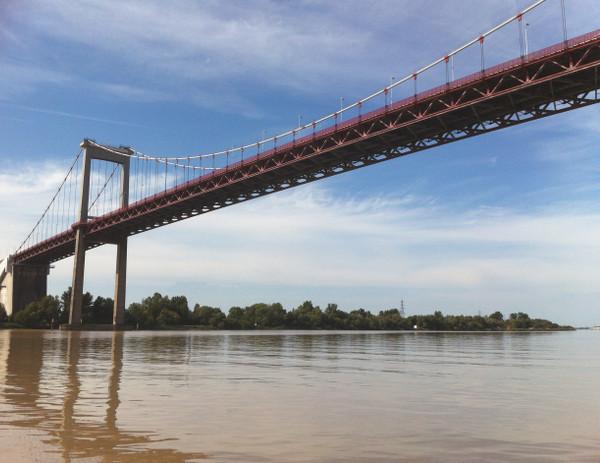 Pont d'Aquitaine - blog Bar a Voyages