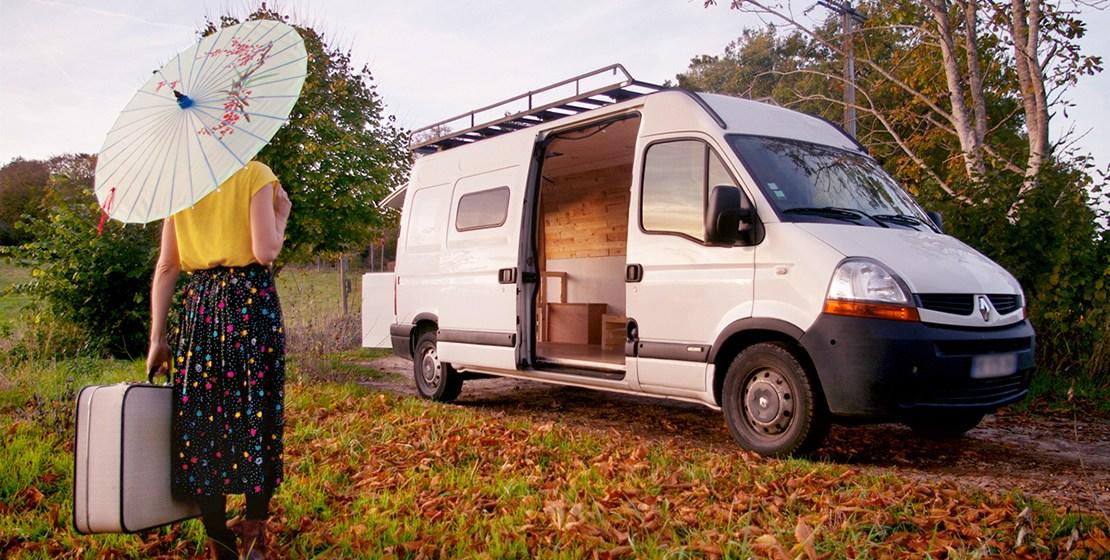 """Tout quitter, aménager un van et partir faire le tour de l'Europe ! Découvrez le projet """"Terrier migrateur"""" de Laure et Marc ©Spicerabbits/Le Bar à Voyages"""