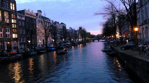 coucher soleil Amsterdam - blog Bar à Voyages