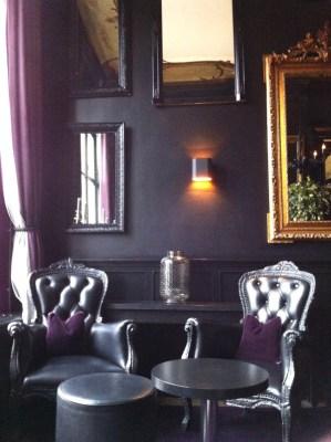 décoration sombre à Amsterdam - blog Bar à Voyages