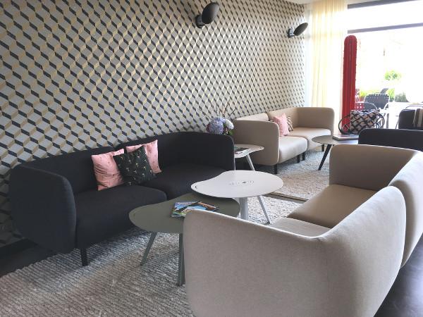 canapés Villa Seren à Hosseogr - blog bar à Voyages