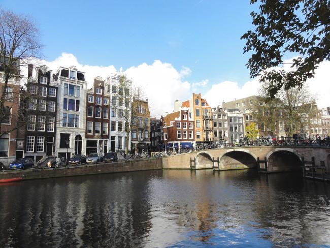 canal Amsterdam - blog Bar à Voyages