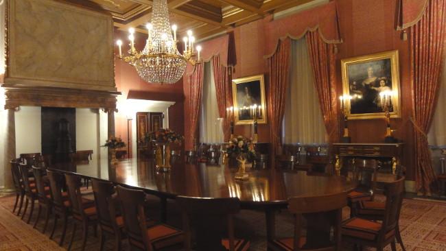 salle à manger palais royal - blog Bar à Voyages