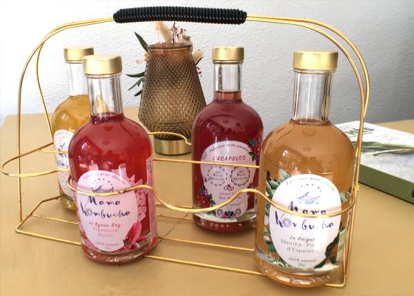 bouteilles de kombuchas de différentes saveurs
