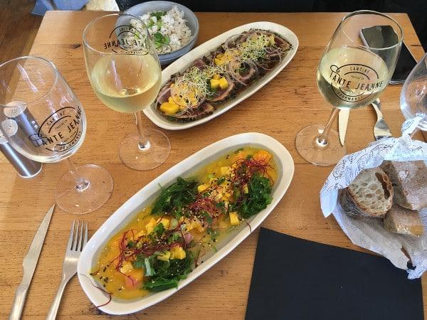 Plats gourmands servis chez Tante Jeanne à Hossegor