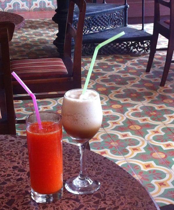 café frappé et jus de fruits au café O'Reilly
