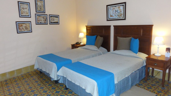 Chambre de l'hôtel Armadores de Santander Boutique où nous avons dormi pendant notre 4 jours à La Havane