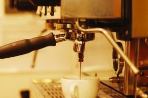 come-disincrostare-la-macchina-del-caffe_e9675050dd9415fb2d2bc4dbac3c9ad5