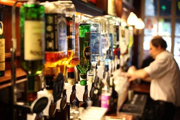 Proposta irlandese per limitare l'abuso di alcol