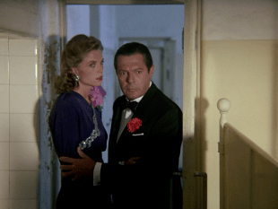"""Curzio Malaparte interpretato da Marcello Mastroianni nel film """"La pelle"""""""