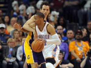 Russell Westbrook (with ball) led Thunder with 37 points.