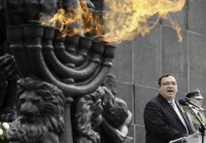 Giggling Israeli Education Minister, Shai Piron.