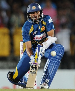 Tillakaratne Dilshan smashed an unbeaten 74 to help Sri Lanka to victory.