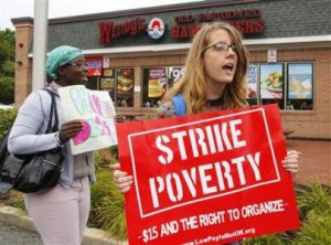Wendy's workers on picket line.