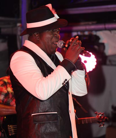 Barrington Levy brought his usual sweet song.