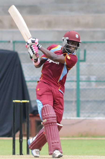 Jonathan Carter turned in a brilliant all-round performance for Sagicor UWI yesterday. (FP)