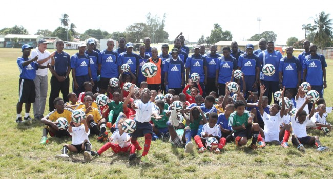 Children and coaches who took part in the grassroots sessionsb