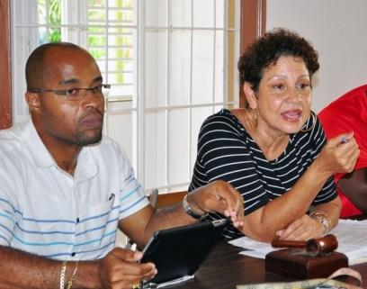 BSTU president Mary Redman (right) makes a point while NCPTA president Shone Gibbs (left) listens.