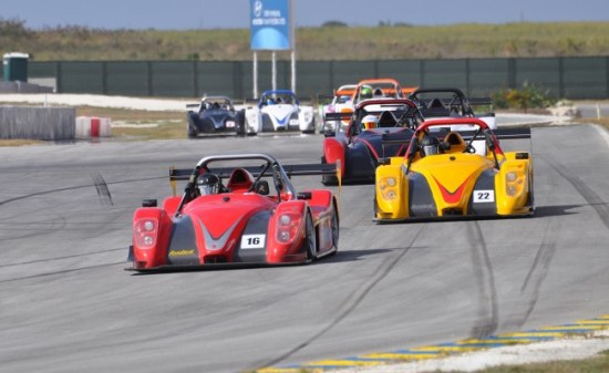 Stuart Maloney leads the pack in the SR3 Cup.