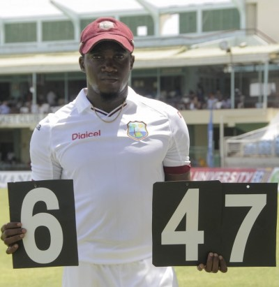 Jerome Taylor captured a Test-best 6 for 47.