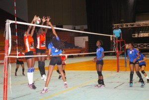 Rockets (in blue) had a tough game against Warrens and went down in straight sets. (Pictures by Morissa Lindsay)