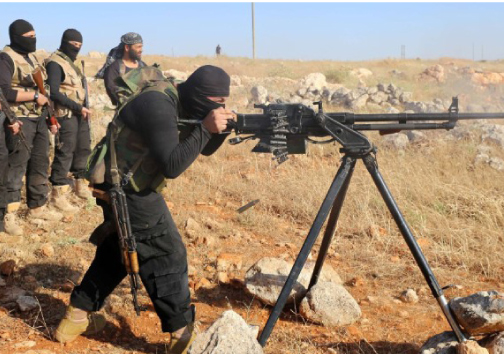 The US is halting training of new Syrian rebel forces and will shift to providing equipment and weapons to existing forces.