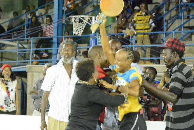 Sheldene Walrond was mobbed by fans after upsetting Kim Holder.