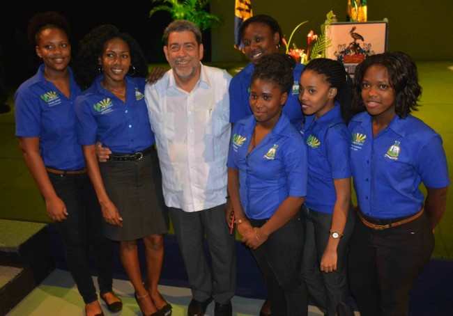 A group of St Vincent and the Grenadines students take a photo op with their Prime Minister Dr Ralph Gonsalves.