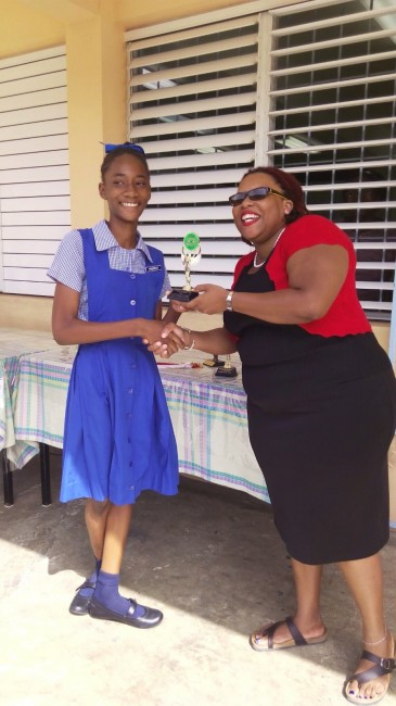 Victrix ludorum Chideria Greenidge Under-13 girls division champion from Yellow House . (Pictures by Andre Hayde)