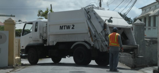 The NUPW has accused the garbage collection agency of disrespecting its employees.