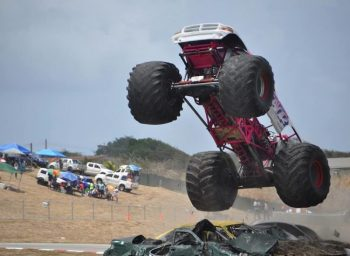 Great dexterity being demonstrated by the monster ride Eradicator. (Pictures compliments of BFOS).