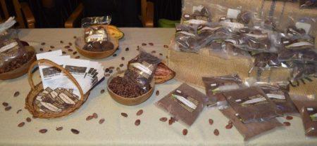 Cocoa balls and cocoa powder are used to make cocoa tea.