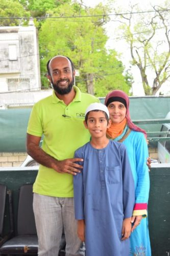 Top performer Talha Mohamed with father Zakariya and his mother Atiyya.
