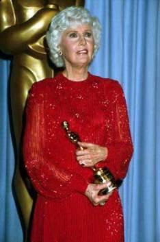 Barbara Stanwyck Awards: Holding 1982 Honorary Oscar