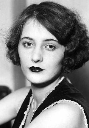 Barbara Stanwyck Biography: Roaring 20s