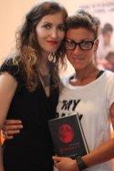 Insieme alla scrittrice Maura Chiulli e a Scarlett