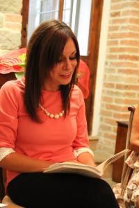Mentre leggo Mari Mantovani