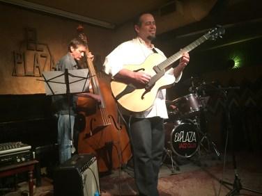 Pedro Barboza Trio en Plaza Jazz Club, con Hector Oliveira y Carlos Franco. Madrid, España.
