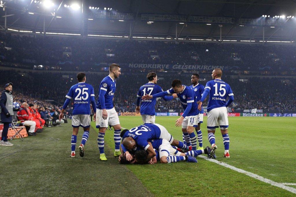 Schalke 04 zegevierde met 1-0 over Lokomotiv Moskou in de laatste groepswedstrijd.