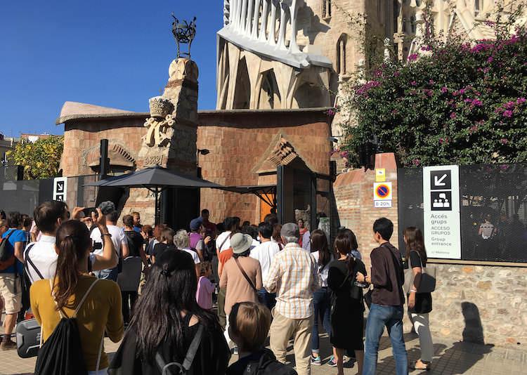 Entree Sagrada Familia groepen