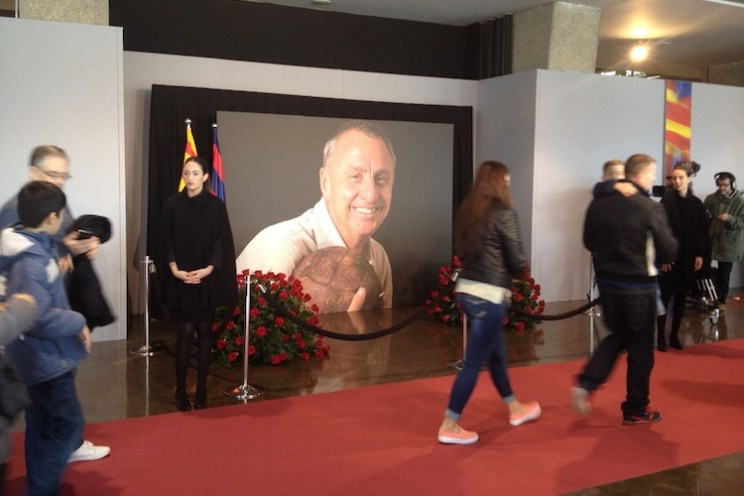 johan cruijff memorial camp nou
