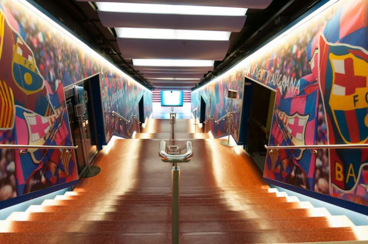 De spelerstunnel in Camp Nou