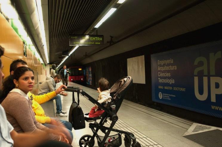 Barcelona met kinderen openbaar vervoer