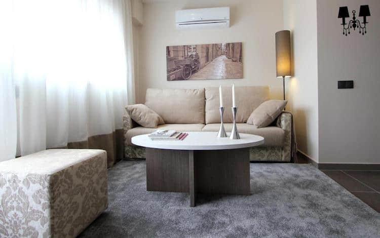 Woonkamer in Pierre & Vacances Barcelona Sants Appartement