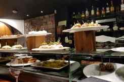 Pincho's aan de bar bij Sagardi
