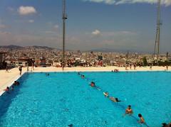 piscina montjuic