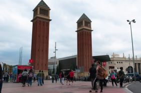 de torens bij Plaça d'Espanya