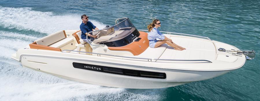 INVICTUS 250CX barche a motore 5