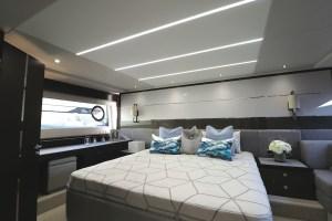 barche a motore sunseeker 74 interni cabina